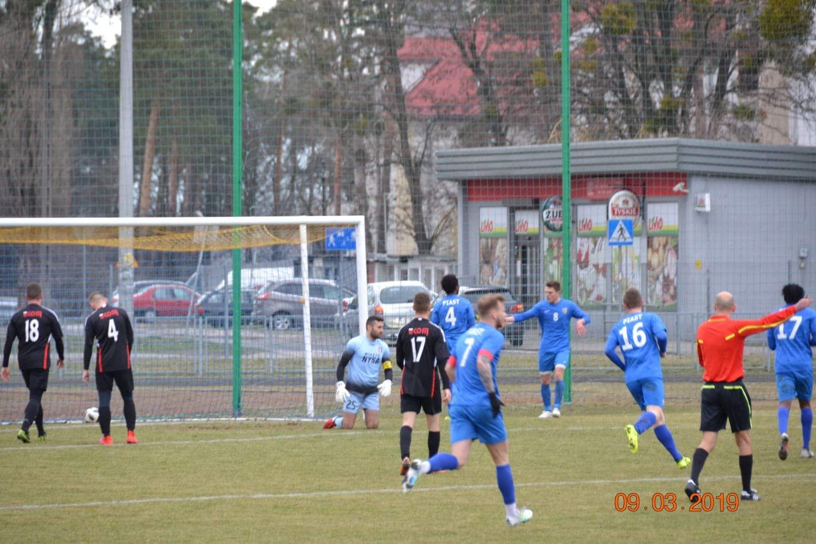 Piast Strzelce Opolskie - Polonia Nysa 2:0