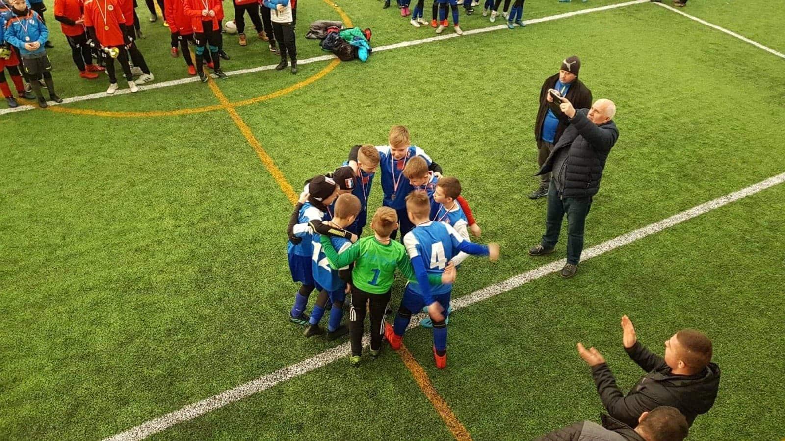 Młodzik II zwycięża w turnieju Gold Game Cup